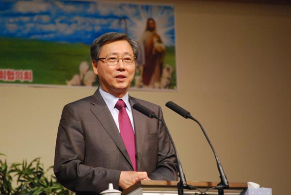 강사로 나선 선한목자감리교회 유기성 목사